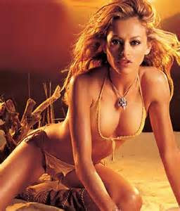 paulina-rubio-naked-and-fucking-pictures-sexy-lesbian-moms